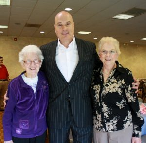 Tim with Breadth of Life Vice President Margaret Campbell (l) and President Kathy Bowers (r).